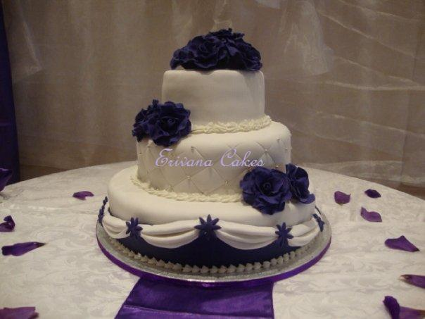 Purple and White Wedding Cake 1 (W025)