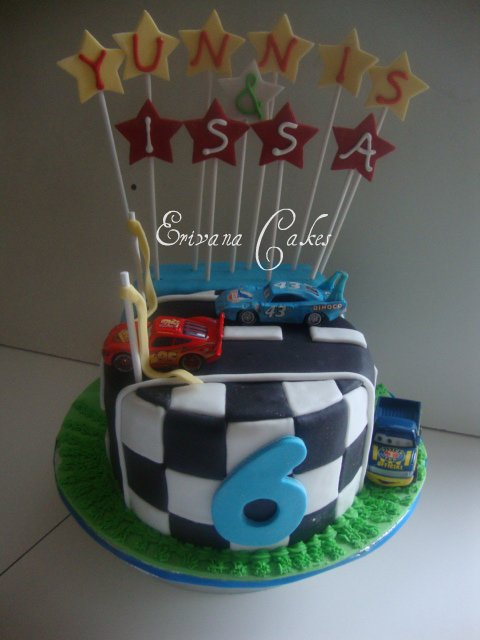 Race track cake 2 (B037)