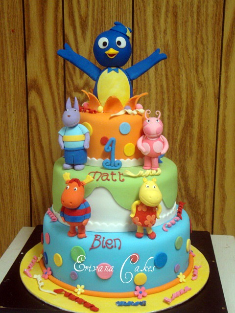 Backyardigan Cake 1 (B008)