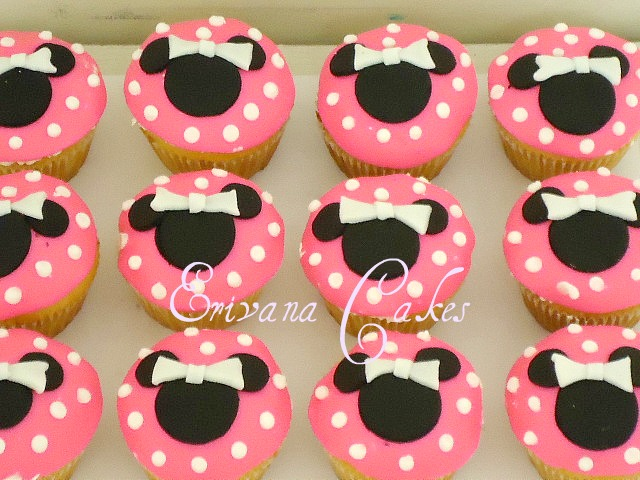 Minnie Mouse Cupcakes1