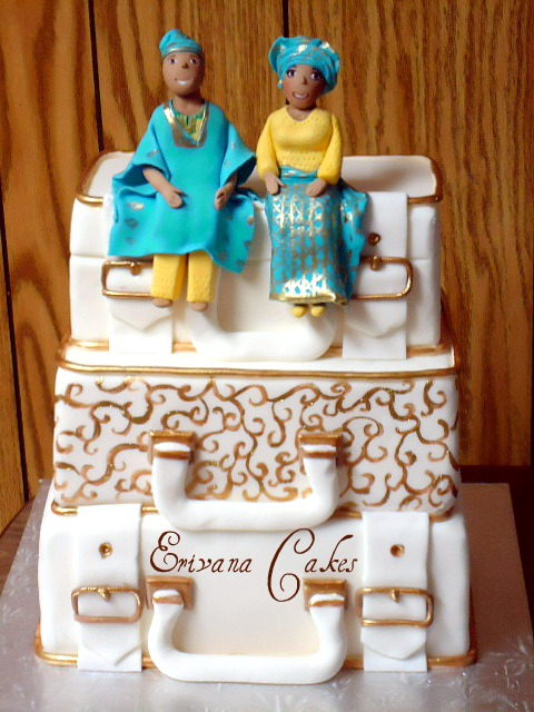 Traditional Suitcase Wedding Cake3 (W005)