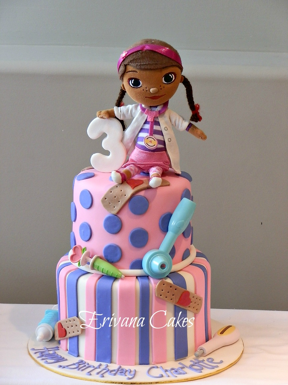 Wonderful Doc McStuffins Cake 960 x 1280 · 283 kB · jpeg