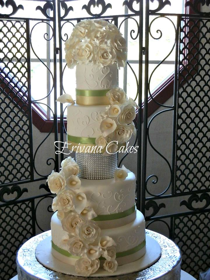 Green, champagne and white wedding cake