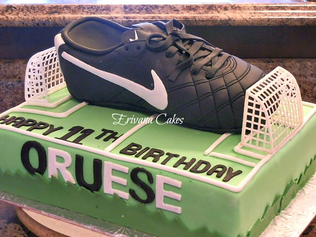 Nike Shoe cake and Soccerfield cake