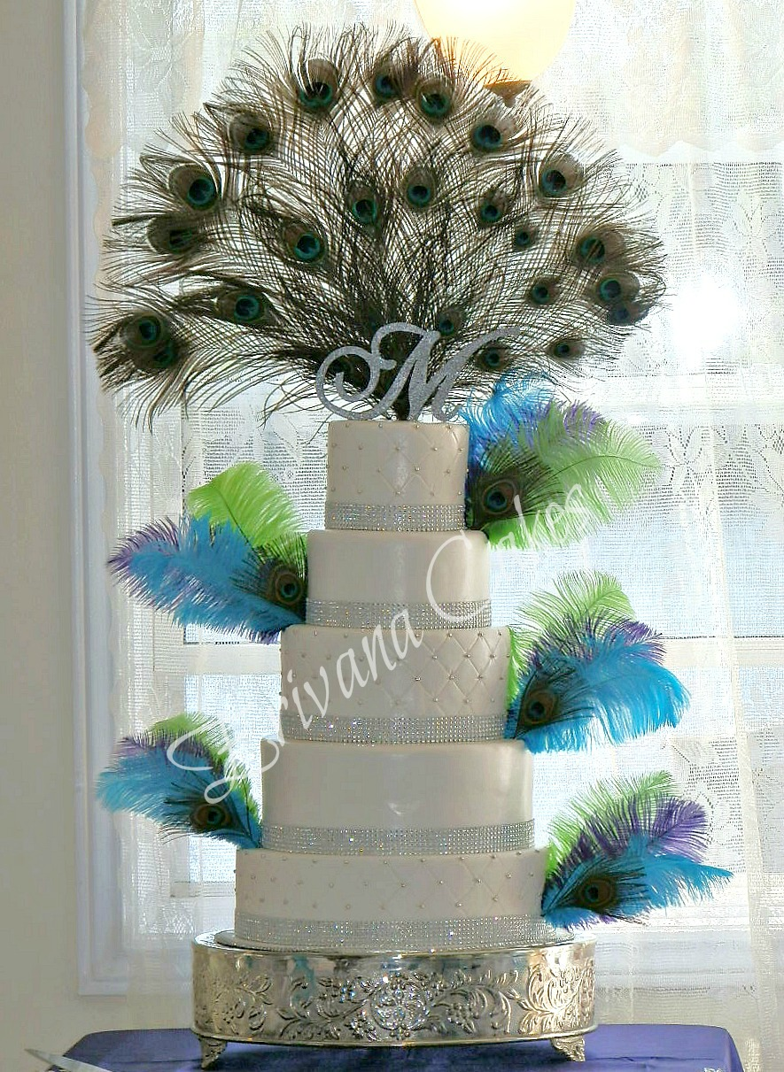 Peacock themed wedding cake 2