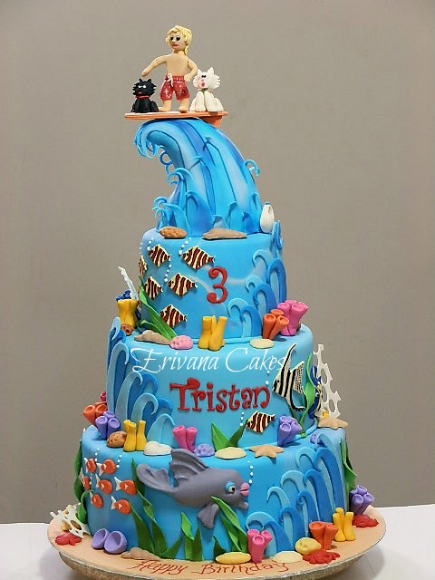 Surfing, Waves and Sea Cake